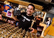 Buy your own Oscar at the MGM Store in Niagara Falls, Canada