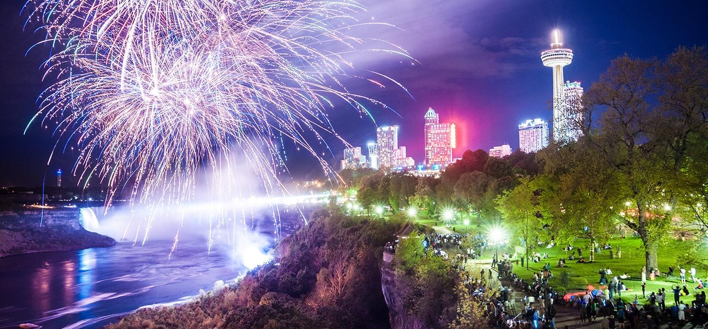 Niagara Falls fireworks summer