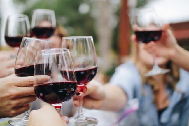 cheers in niagara