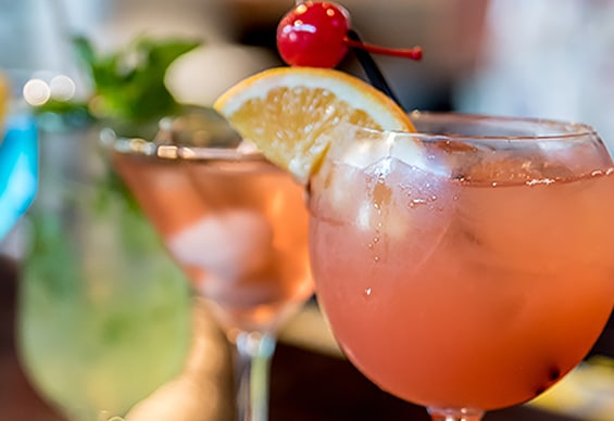 Refreshments are only steps away at Fallsview Casino