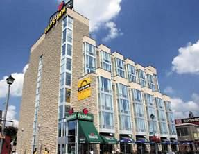 Niagara Falls Canada Days Inn Clifton Hill