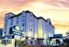 Clifton Hill Hotel - Days Inn By the Falls