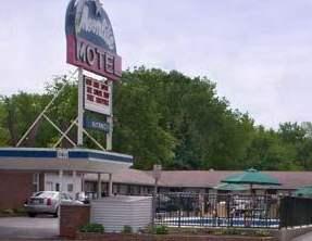 Moonlite Motel Niagara Falls NY