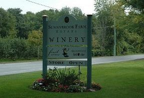 Wineries of Niagara - Niagara Falls Hotels