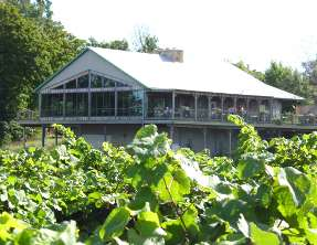 Niagara EastDell Winery